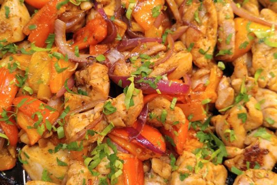 G-Free Paprika Chicken & Roasted Sweet Peppers